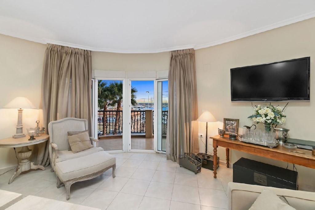 Apartment for sale in Punta Prima