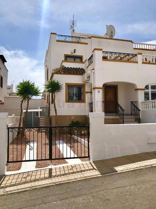 Resales - Quad House - Los Altos