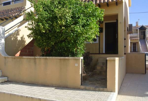 Apartment - Resales - Villamartin - Loma Golf
